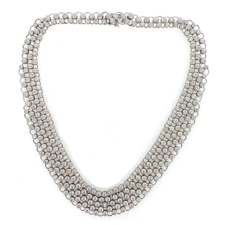 23 Carat Bezel Set Round Brilliant Cut Diamond Collar Necklace 18 Karat Gold In Excellent Condition For Sale In Boca Raton, FL