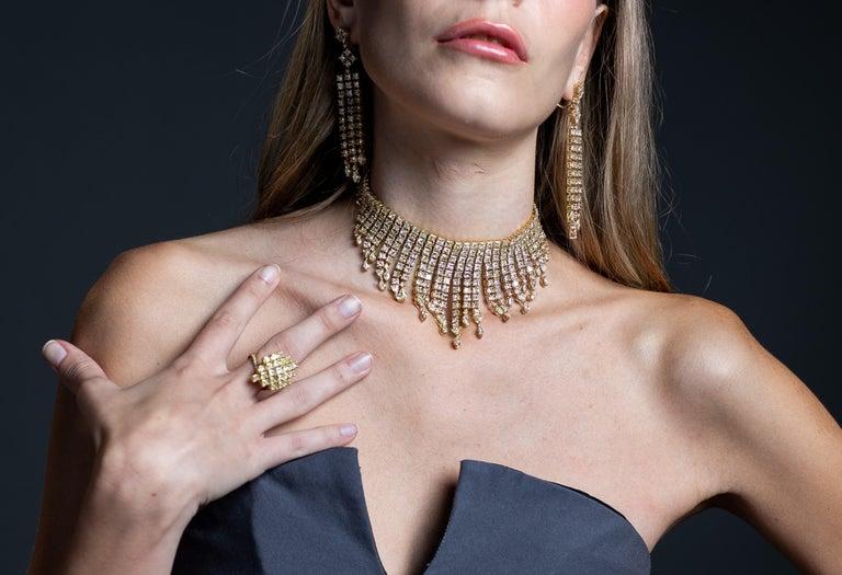 2.3 Carat Yellow Diamond Ring in 18 Karat Yellow Gold For Sale 1