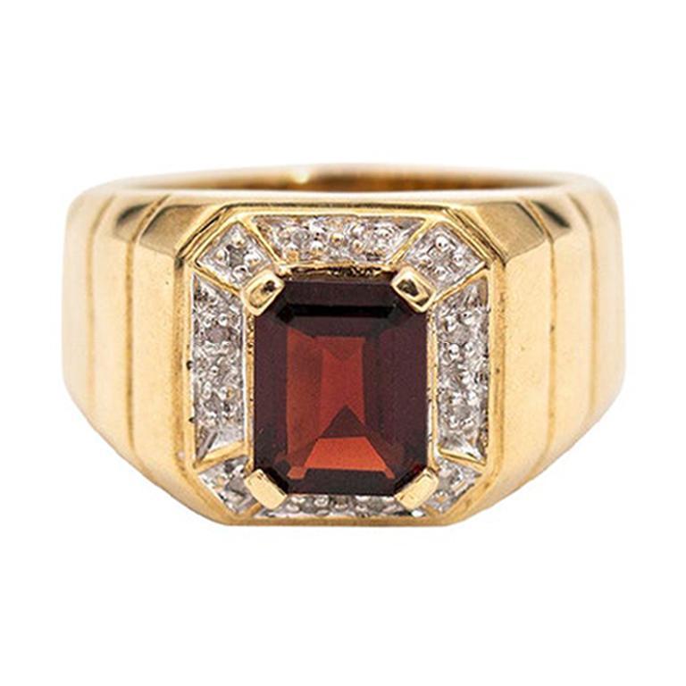 2.30 Carat Emerald Cut Red Garnet Diamond 9 Carat Yellow Gold Mens Signet Ring