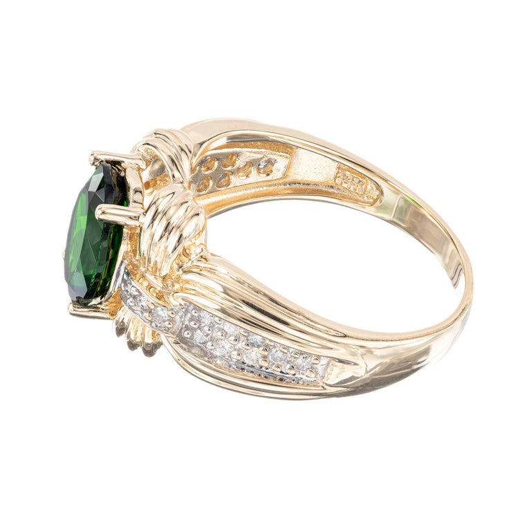 2.30 Carat Green Tourmaline Diamond Yellow Gold Ring In Excellent Condition For Sale In Stamford, CT