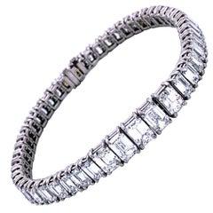 23.09 Carat Emerald Cut Diamond Platinum Tennis Bracelet