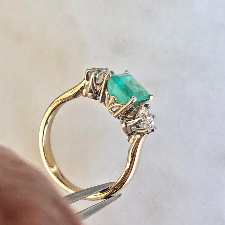 2.33 Carat Natural Colombian Emerald Old European Diamond Engagement Ring Gold For Sale 9
