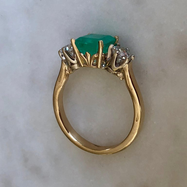 2.33 Carat Natural Colombian Emerald Old European Diamond Engagement Ring Gold For Sale 2