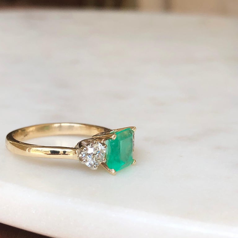 2.33 Carat Natural Colombian Emerald Old European Diamond Engagement Ring Gold For Sale 4
