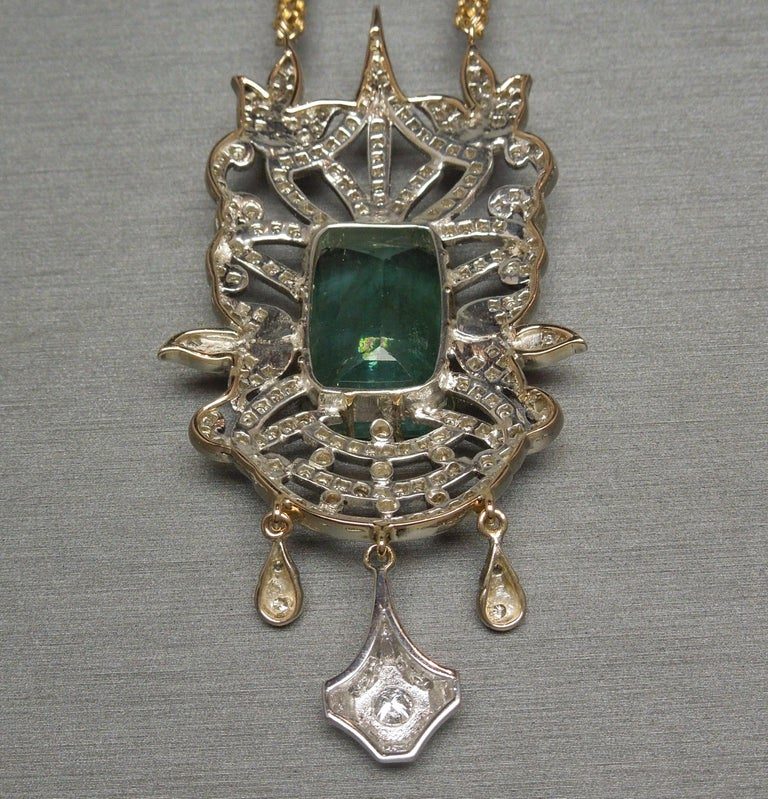 23.55 Carat Emerald Cut Emerald and Diamond Necklace For Sale 5