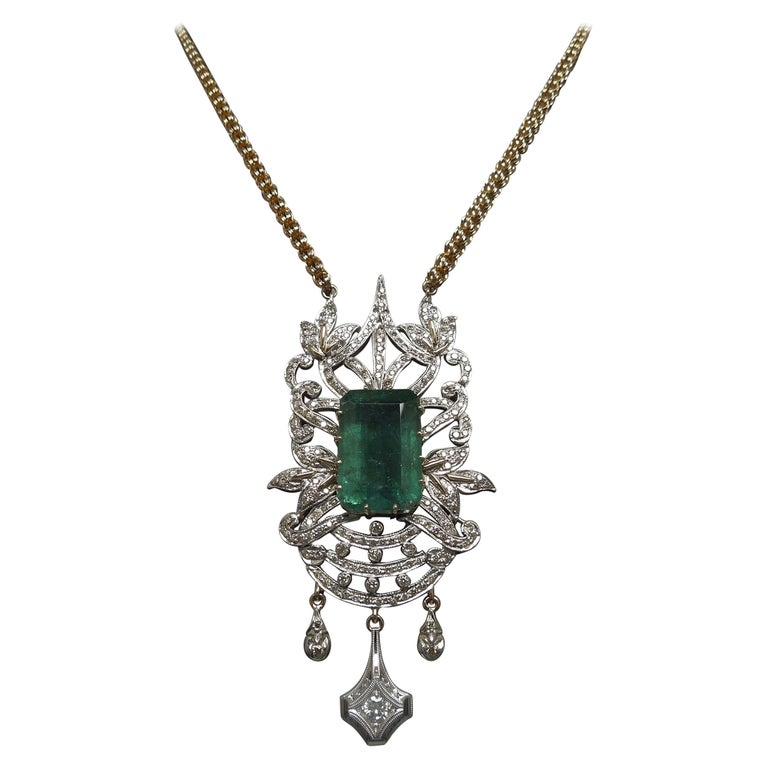 23.55 Carat Emerald Cut Emerald and Diamond Necklace For Sale