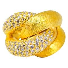 2.38 Carat Hand Florentine Bombe Diamond Link Statement Ring 18 Karat Tom Castor