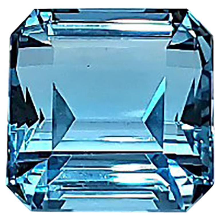 23.88 Carat Intense Blue Ascher Aquamarine Natural Gemstone For Sale