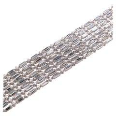 23.94 Carat Diamond Modern Bracelet in White Gold