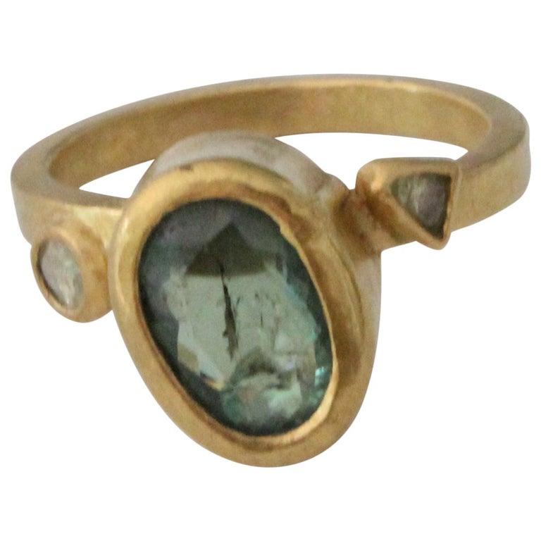 2.3Ct Russian Demantoid Garnet Yellow Diamonds 22K Gold Bridal Three-Stone Ring For Sale