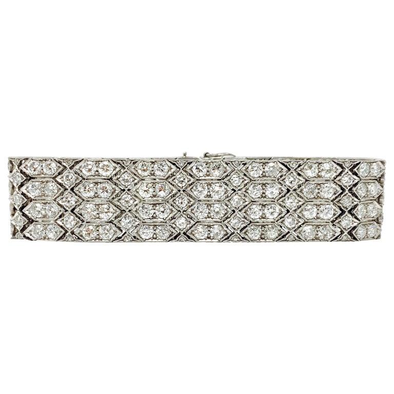 24 Carat 1920 Antique White Diamond Bracelet in Platinum For Sale