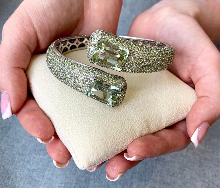 24 Carat Green Amethyst Peridot White Topaz 14 Karat White Gold Cuff Bracelet For Sale 1