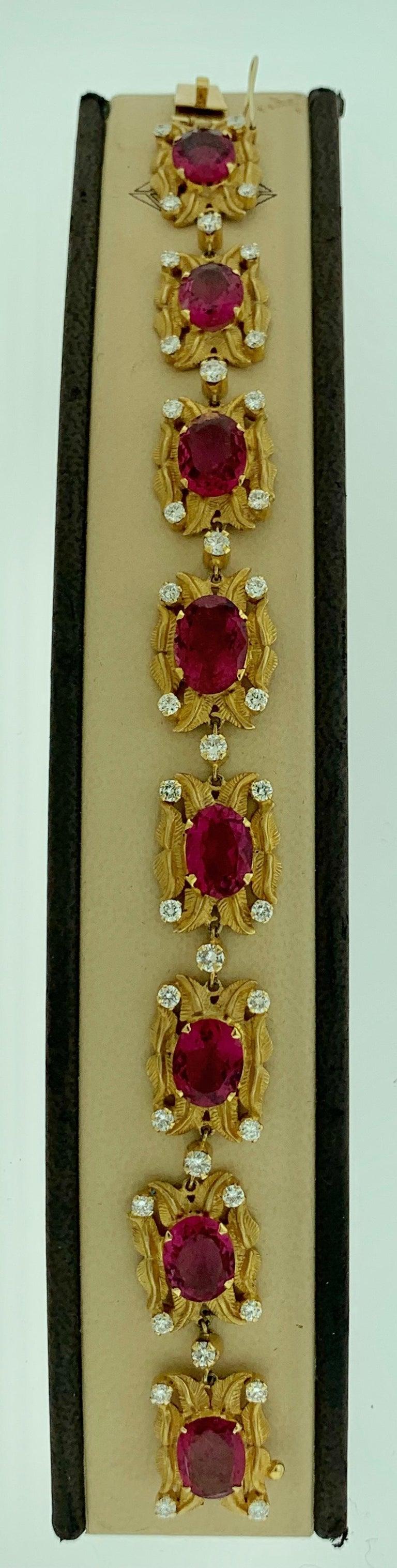24 Carat Pink Tourmaline and 2.75 Carat Diamond Bracelet  18 Karat Yellow Gold For Sale 1