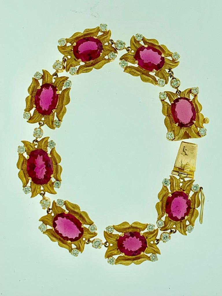 24 Carat Pink Tourmaline and 2.75 Carat Diamond Bracelet  18 Karat Yellow Gold For Sale 3