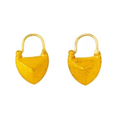 24 Karat Elegantly Handcrafted Sharped Edge Boat Shape Earrings
