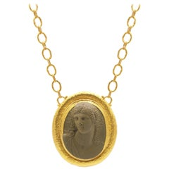 GURHAN 24 Karat Hammered Yellow Gold Lava Cameo Pendant Necklace