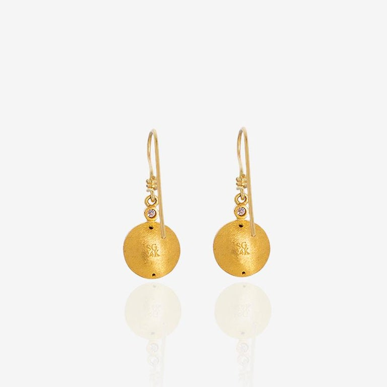 Egyptian Revival 24 Karat Pure Gold Handcrafted Mios Ancient Egyptian Style Earrings For Sale