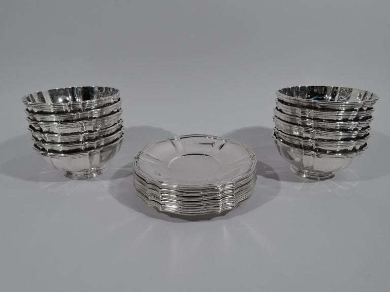 Edwardian 24-Piece Tiffany & Co. Sterling Silver Dessert Set with Bowls and Plates For Sale