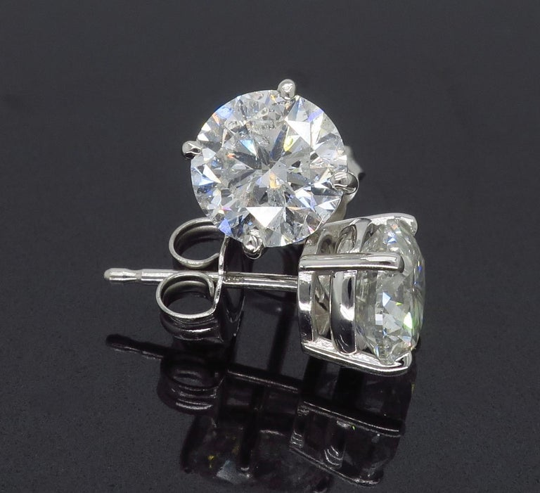 2.40 Carat Diamond Stud Earrings For Sale 3