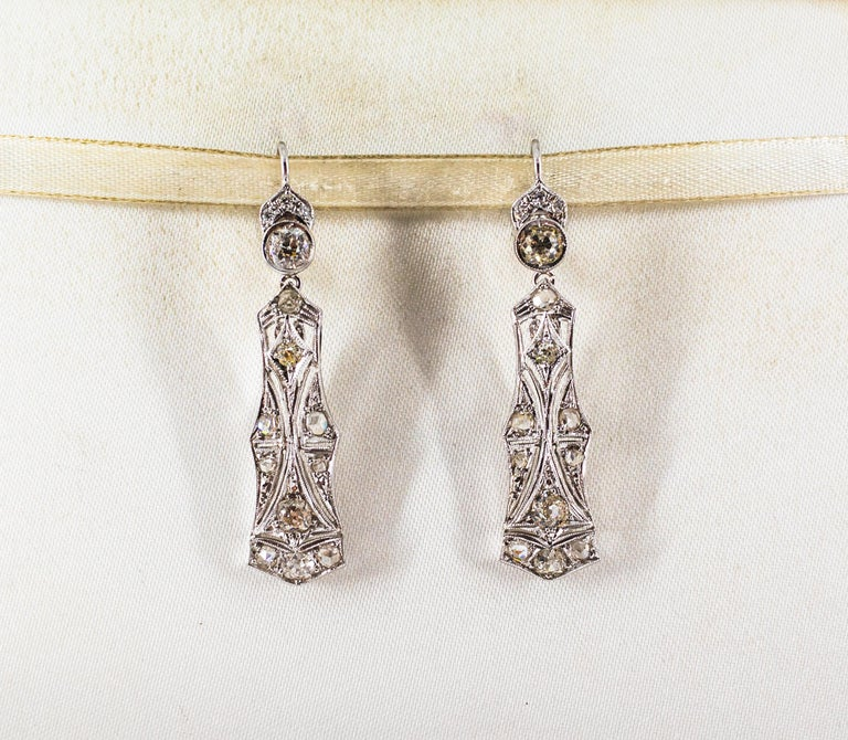 2.40 Carat White Old European Cut Diamond White Gold Lever-Back Drop Earrings In New Condition For Sale In Naples, IT
