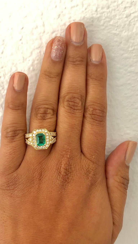 2.44 Carat Emerald Diamond 14 Karat Yellow Gold Ring In New Condition In San Dimas, CA