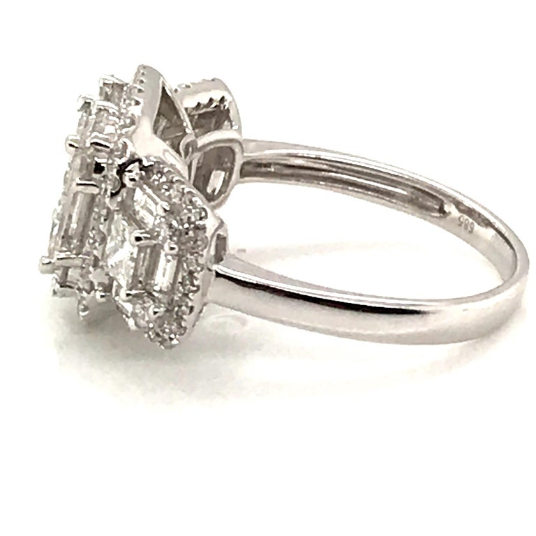 2.45 Carat Princess Cluster Diamond Ring with Baguettes and Rounds For Sale 1