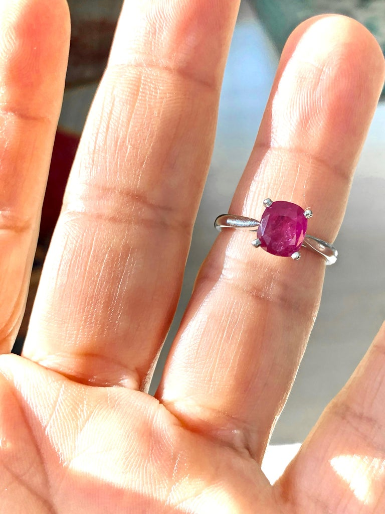 Women's or Men's 2.48 Carat Certified Untreated Ruby Engagement Solitaire Ring Platinum For Sale