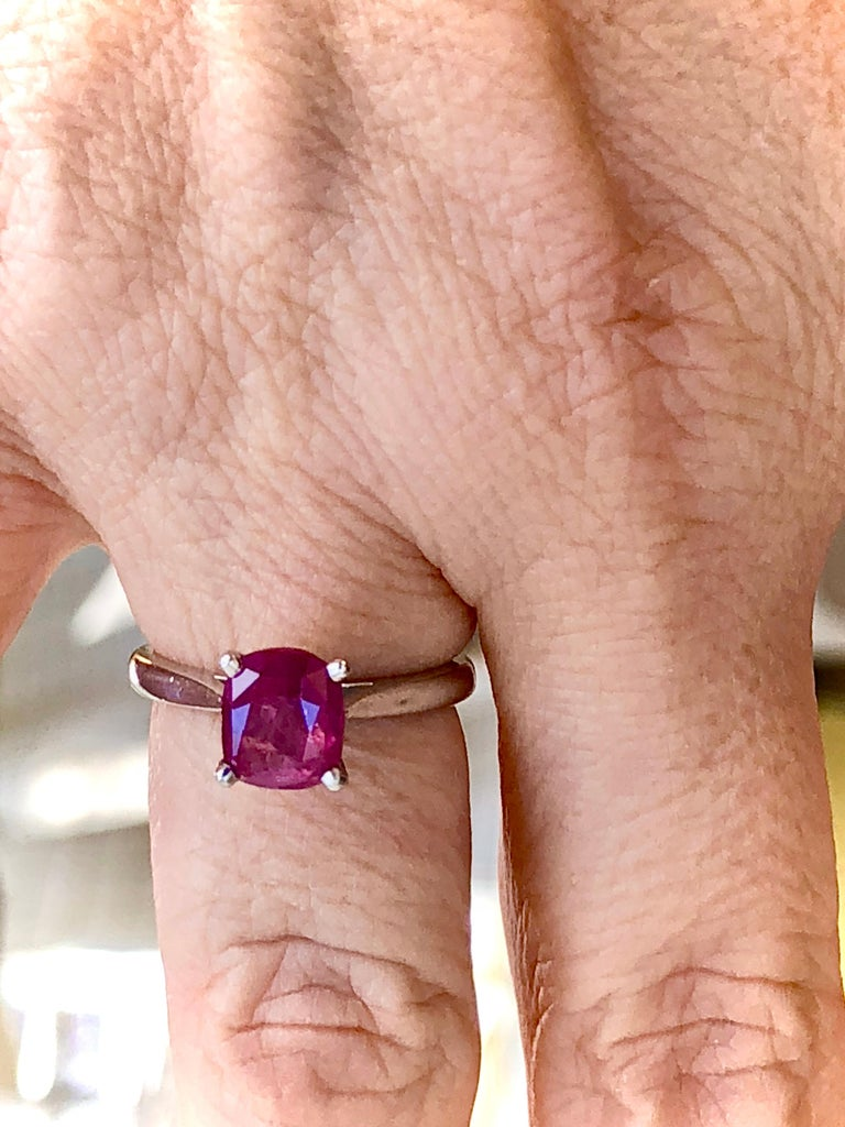 2.48 Carat Certified Untreated Ruby Engagement Solitaire Ring Platinum For Sale 3