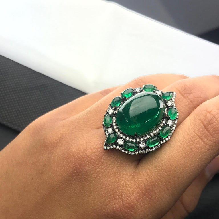 24.88 Carat Emerald Cabochon and Diamond Cocktail Ring In New Condition For Sale In Kowloon, HK