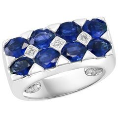 2.5 Carat Blue Sapphire and Diamond Cocktail Ring in 18 Karat White Gold Estate