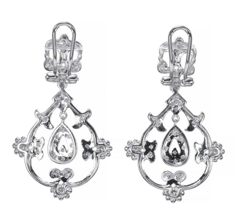 .25 Carat Diamond Open Work Dangle Earrings In Excellent Condition For Sale In Stamford, CT