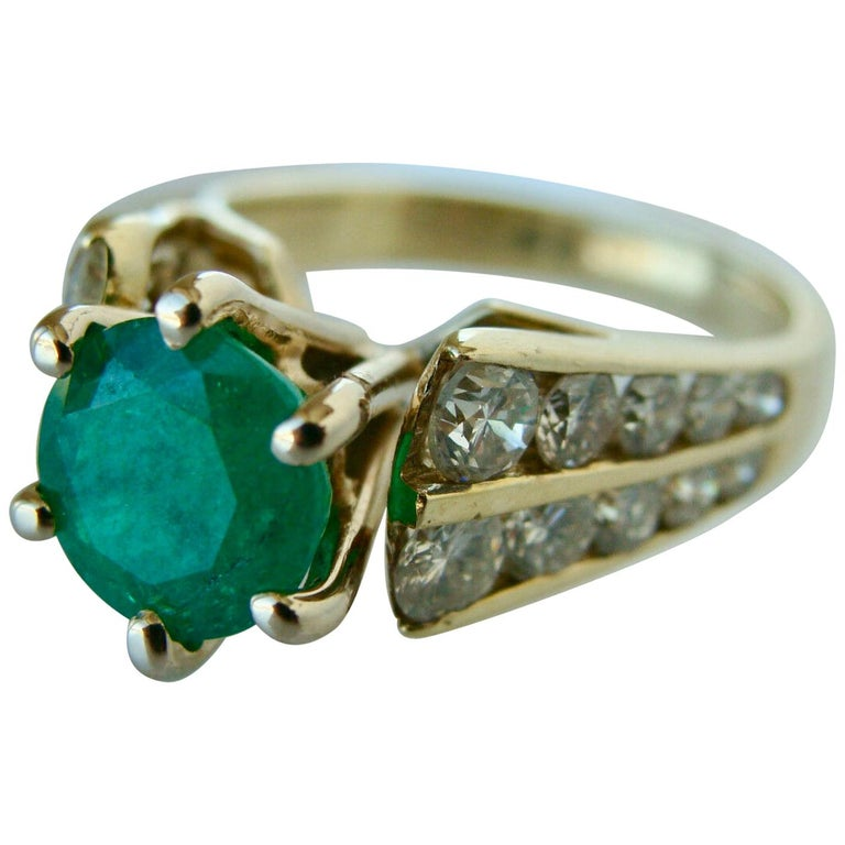 2.50 Carat Natural Round Colombian Emerald Solitaire Ring Diamond Accents 14K For Sale