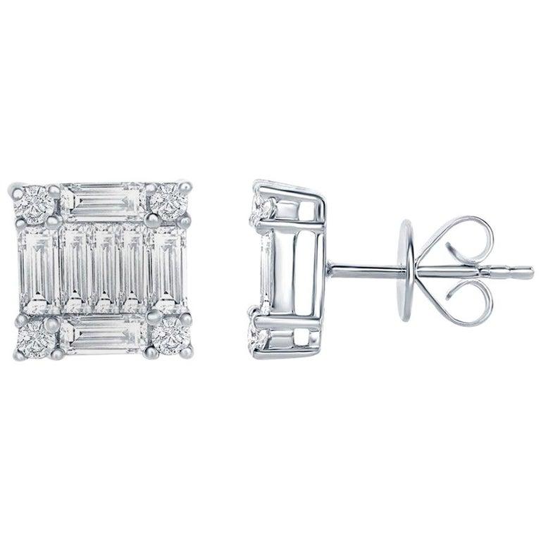 2.50 Carat Princess Diamond Earrings For Sale