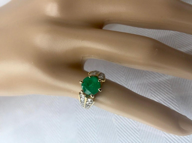2.50 Carat Natural Round Colombian Emerald Solitaire Ring Diamond Accents 14K For Sale 2