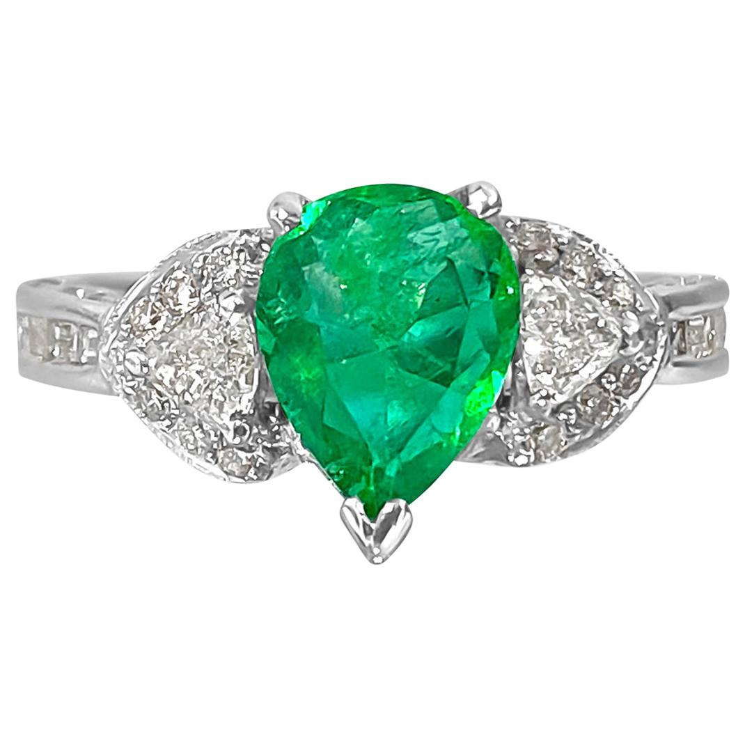 2.50 Colombian Emerald Diamond Cocktail Ring 18 Karat White Gold