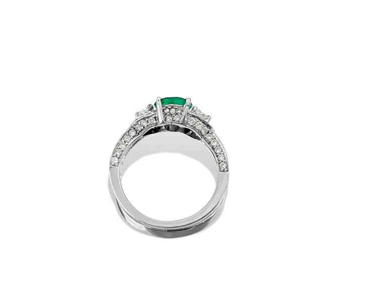 Women's 2.50 Colombian Emerald Diamond Cocktail Ring 18 Karat White Gold For Sale