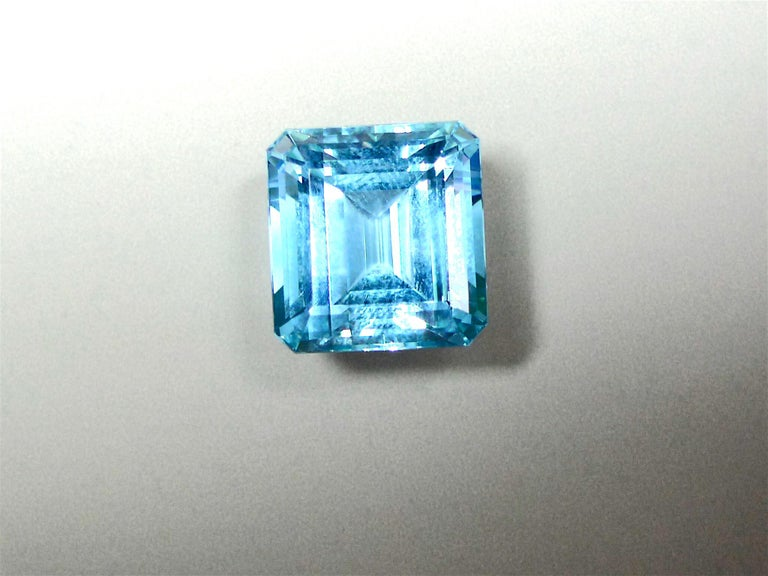 25.02 Carat Natural Aquamarine Solitaire White Gold Cocktail Ring For Sale 1