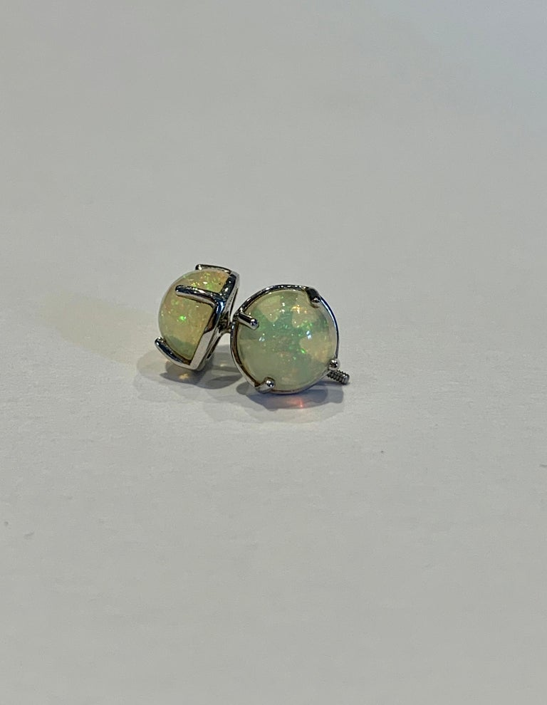 2.50 Carat AAAA Round Welo Opal Stud Earrings Set in Platinum For Sale 1