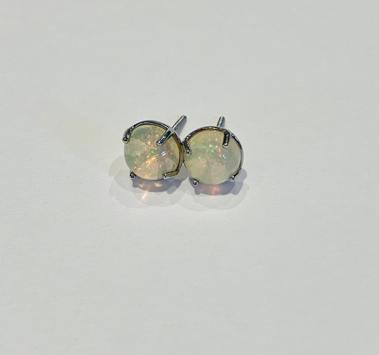 2.50 Carat AAAA Round Welo Opal Stud Earrings Set in Platinum For Sale 2