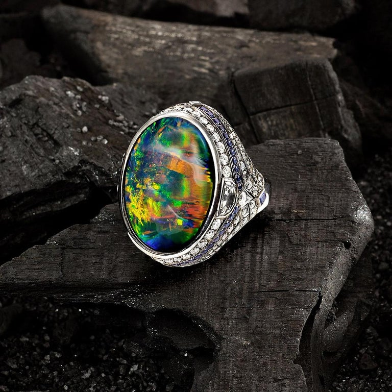 25.10 Carat Lightning Ridge Black Opal 0.97 Carat Blue Sapphires Diamond Ring In New Condition For Sale In Woollahra, New South Wales
