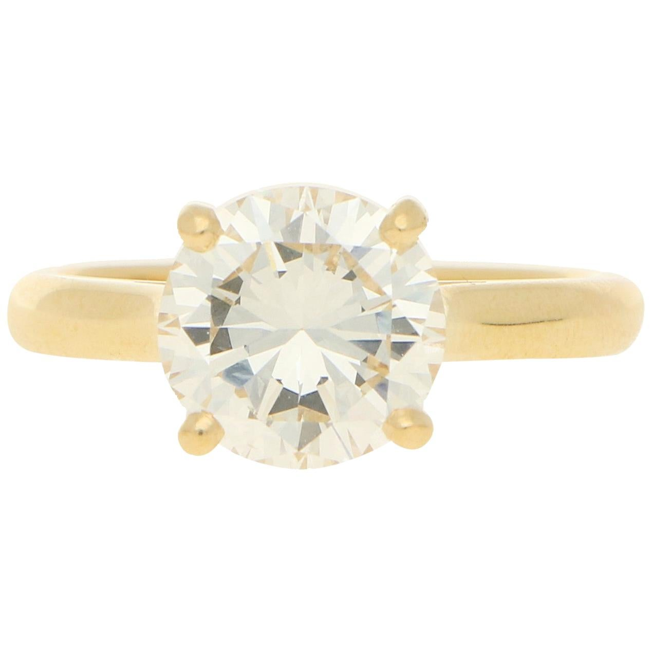Certified Diamond Solitaire Engagement Ring Set in 18k Yellow Gold