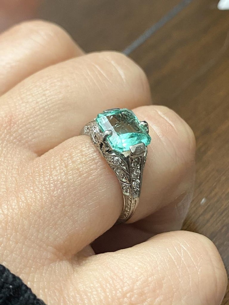 2.52 Carat Art Deco Colombian Emerald and Diamond Engagement Ring 1