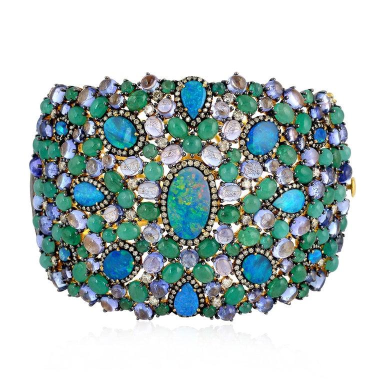25.21 Carat Emerald Opal Diamond Bracelet Cuff In New Condition For Sale In Hoffman Estate, IL