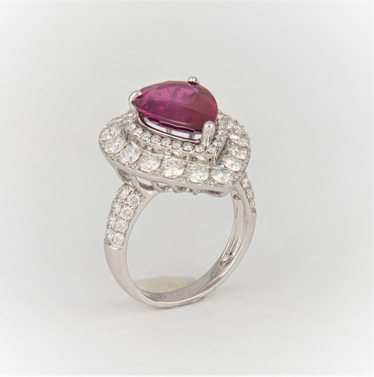 2.53 Carat Mozambique Pear Shape Natural Ruby 'GIA' and Diamond Pear Halo Ring For Sale 1