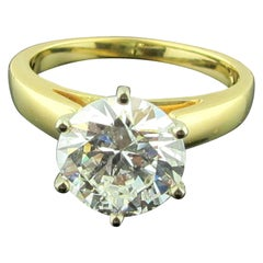 2.53 Carat Round Brilliant Cut Solitaire Diamond Ring in 14 Karat Yellow Gold