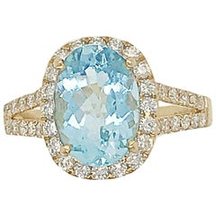 2.54 Carat Aquamarine Ring with Diamond Accents set in 18 Karat Yellow Gold