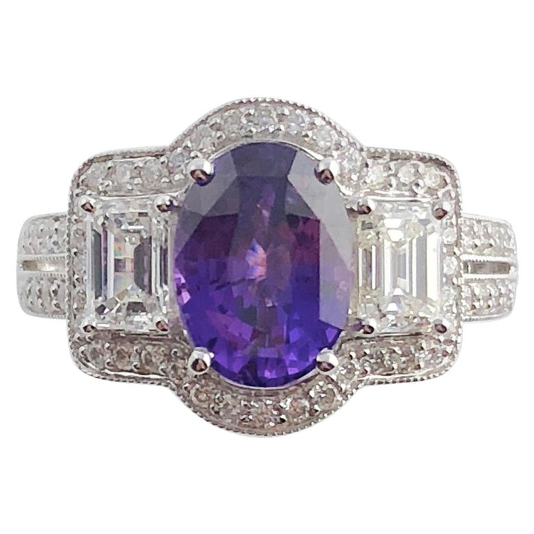 GIA Certified 2.55 Carat Oval Cut Bicolor Sapphire and 1.16 Carat Diamond Ring For Sale
