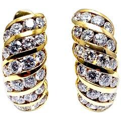 2.56 Carat Round Brilliant Diamond and 18 Karat Yellow Gold Semi Hoop Earrings