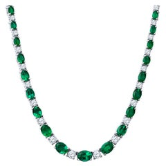 25.68 Carat Oval Cut Emerald and 8.66 Carat Round Diamond Necklace