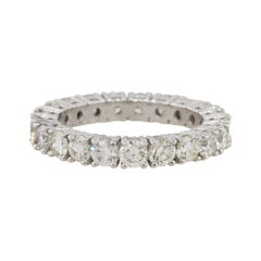 2.57 Carat Round Cut Diamond Eternity Band 18 Karat in Stock